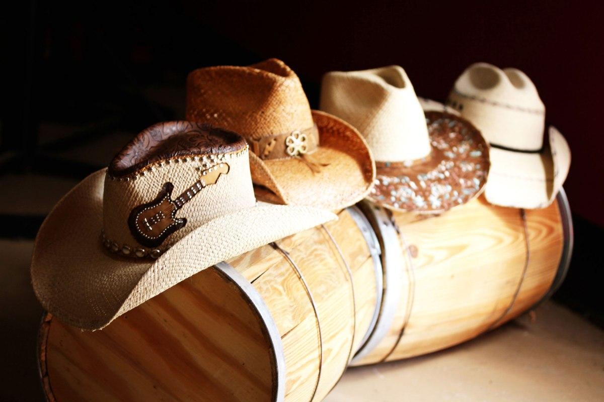 Rachel Oglesby Photography Straw Hats